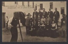 Zdjęcia grupami do paszportów w Łodzi w roku 1915 = Gruppenaufnahmen für Pässe in Lodz 1915