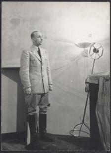 H. Boltz bei der Kundgebung im d. Sporthalle