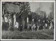 Heldengedenken deutscher Jugend aus Lodsch auf dem Gräberberg 1935
