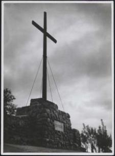 Hochkreuz auf den Gräberberg / Aufn. Waldemar Rode