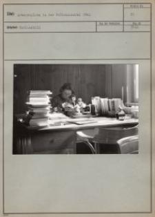 Arbeitsplatz in der Volksbűcherei 1942