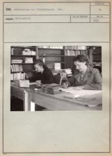 Arbeitsraum der Volksbűcherei 1942