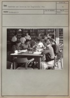 Ausleihe und Leseraum der Hauptstelle 1942