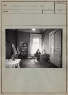 Arbeitszimmer des Büchereileiters 1941